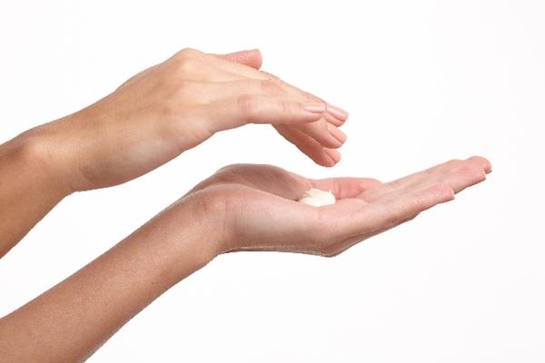 肘の黒ずみイメージ1